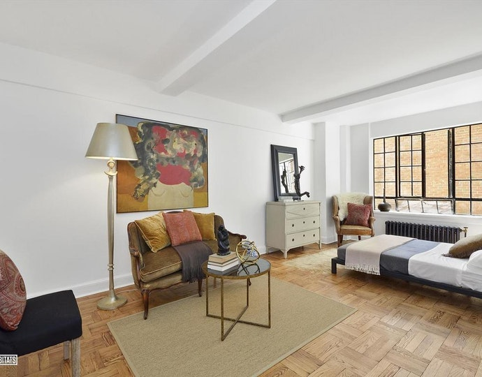 140 east 40th street 6e 2018 livingroom jpg