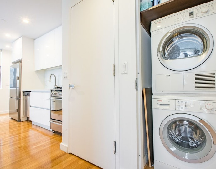 148 east 24th street 10e washer dryer area jpg