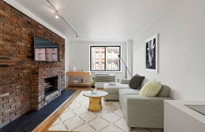 160 east 26th street 3g 03 21 2019 livingroom jpg