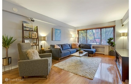 200 east 36th street 2c 11 06 2018 livingroom2 jpg