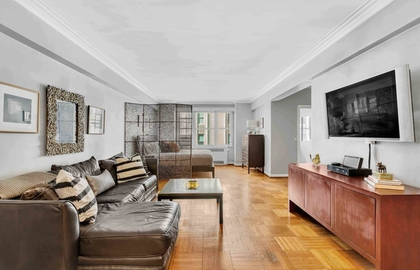 220 madison avenue 6k livingroom
