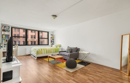 225 east 36th street 12b 2019 living area jpg