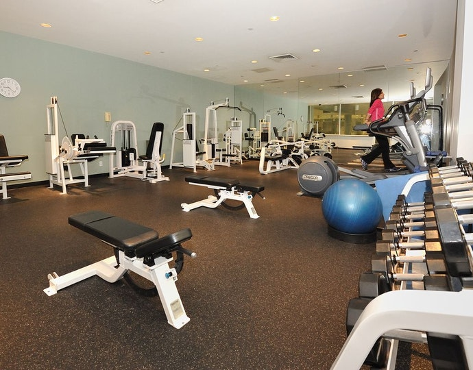 235 east 40th street 17e fitness center jpg