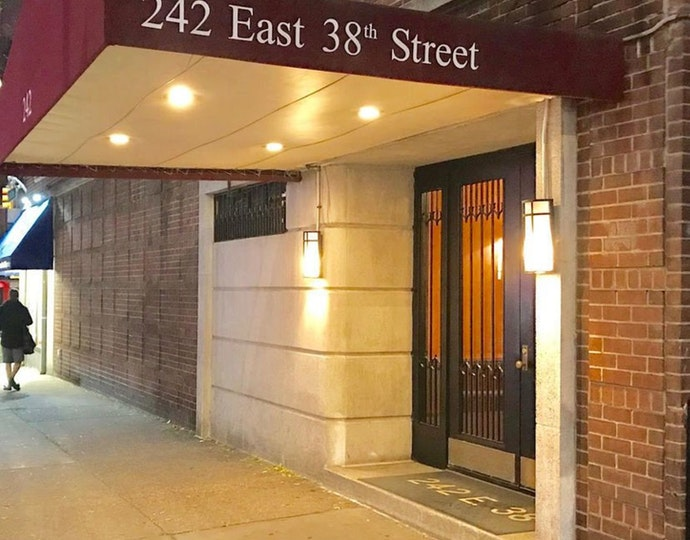242 east 38th street 5f 11 29 2018 bldg entrance jpg