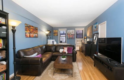 242 east 38th street 5f 11 29 2018 livingroom jpg