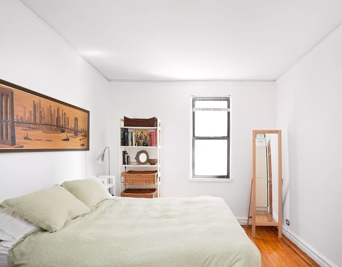 303 east 37th street 5m 05 03 2019 bedroom2 jpg