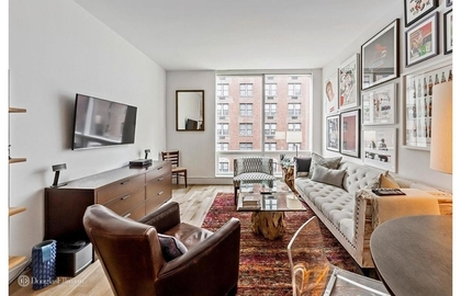 325 fifth avenue 5c 2018 livingroom jpg
