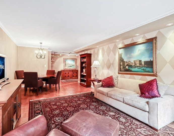 35 east 38th street 2g living room jpg