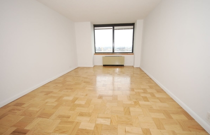 415 east 37th street 16b living room jpg
