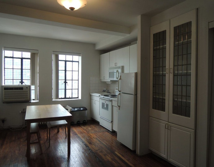 45 tudor city place 2002 2018 kitchen jpg