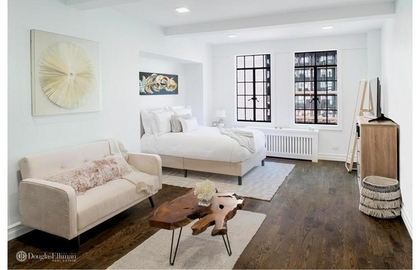 5 tudor city place a5 2019 living area jpg