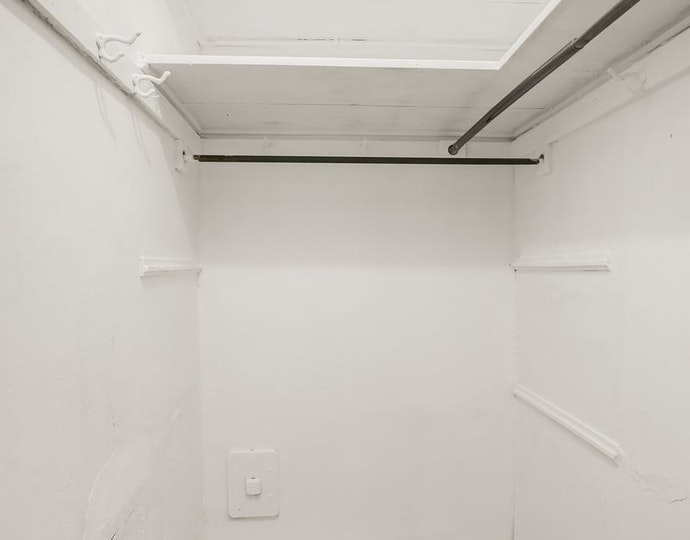 7 park avenue 12e 2018 storage room jpg